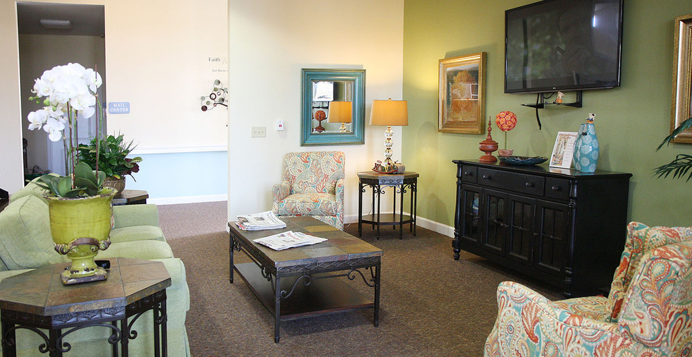 Assisted living in forney texas television room