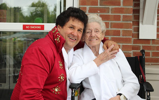Elvis and resident at harleysville senior living