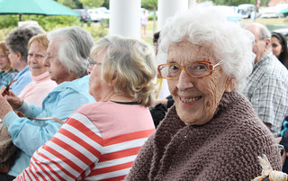Harleysville senior living residents gathering