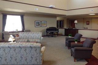 Sitting room at fort wayne skilled nursing