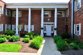 Skilled nursing entrance in painesville