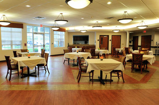 Dining area at brecksville skilled nursing