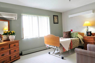 Bedroom at the willows health center