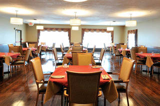 Dining at the willows health center