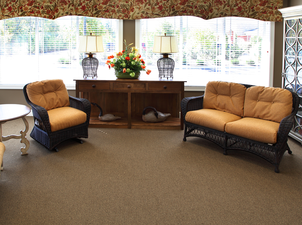 Seating area in glenwood alzheimers special care center