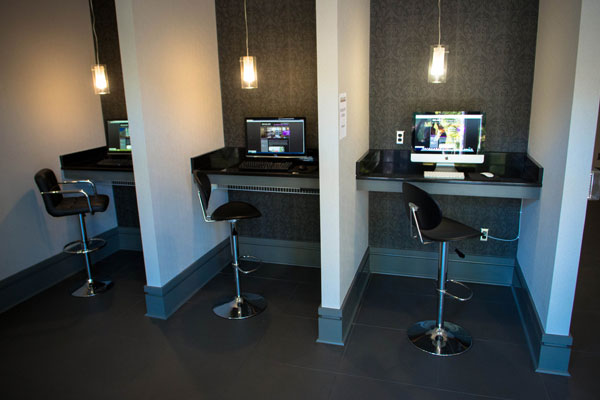 Apartments for rent computer station