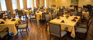 Bala cynwyd pa senior living dining room