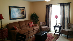 Senior living in Searcy has a bright and spacious living room