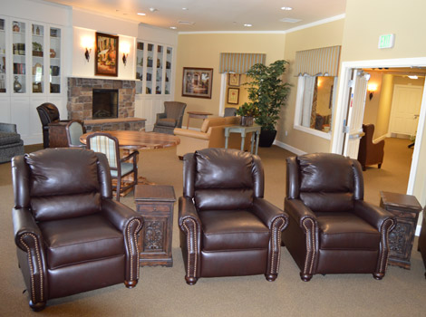 Reno senior living has a relaxing lounge area