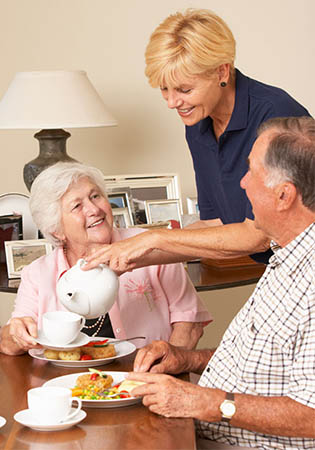 Cape Girardeau, MO senior living lifestyle and dining options with The Cottages of Capetown.