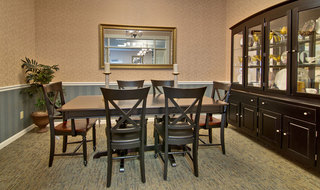 Senior living resident dining area in jackson