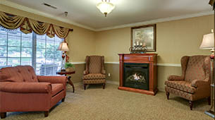 Services and amenities for senior living residents at Ashbrook.