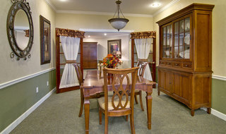 Dining room in ashland senior living community