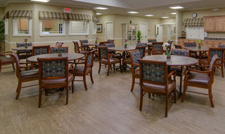 Senior living memory care in hutchinson