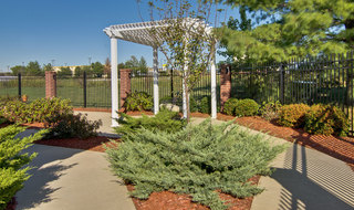 Outdoor landscaping at joplin memory care community