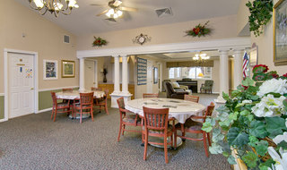Washington memory care senior living dining