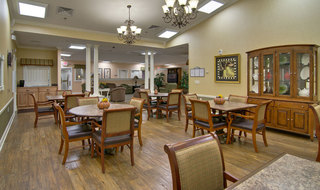 Dinning area in fairview heights at memory care