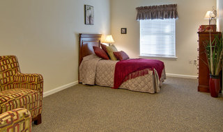 Memory care bedroom at fairview heights
