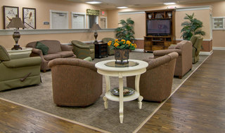 Memory care lounge in fairview heights