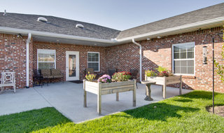 Outdoor community area at the memory care in fairview heights