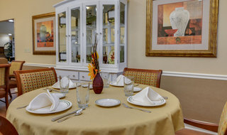 Dinning table in smyrna memory care
