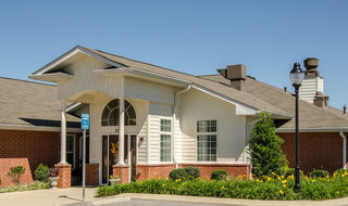 Main entry to memory care in smyrna