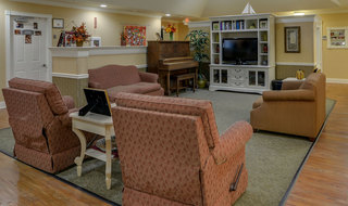 Smyrna memory care lounge