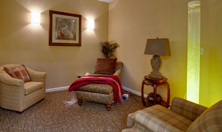 Memory care reading lounge in olive branch