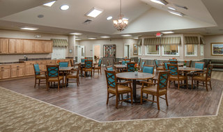 Dinning hall at quincy memory care