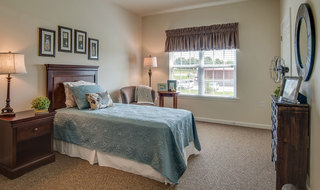 Quincy memory care bedroom