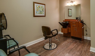 Quincy memory care haor salon