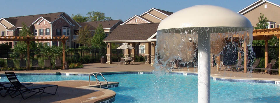 Luxury apartments in Montgomery AL pool at Carrington Park