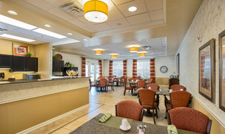Senior living wichita dining room