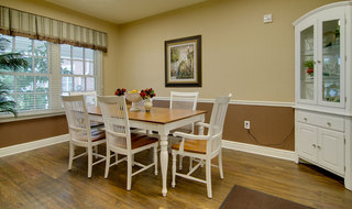 Collierville memory care model dining area