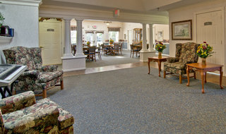 Memory care community room in kirksville