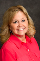 Scharts-lori-senior-living-wichita