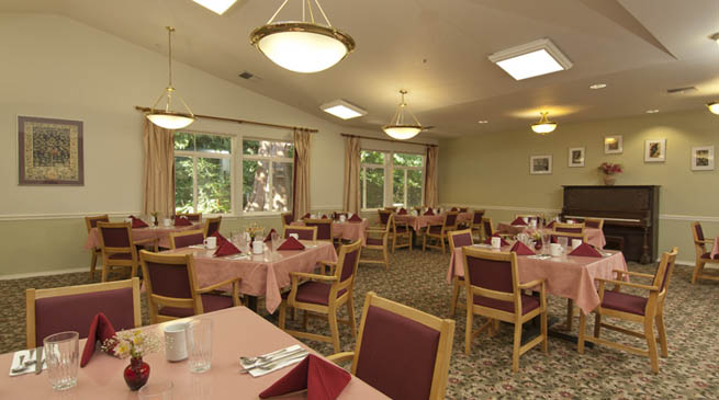 Dining room in the assisted living community of GenCare in granite falls, washington