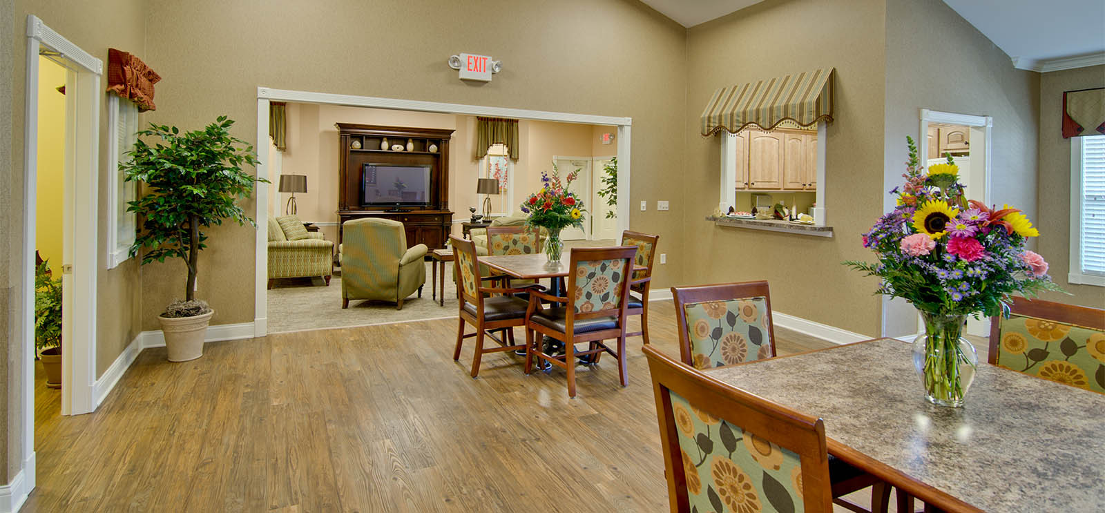 Respite Care & Assisted Living in Fairview Heights, IL | Parkway Gardens
