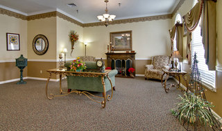Fire side lounge paris assisted living