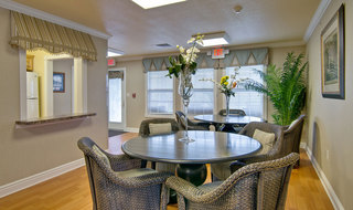 Kitchen and dining sullivan assisted living