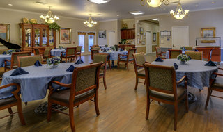 Dining hall madison assisted living