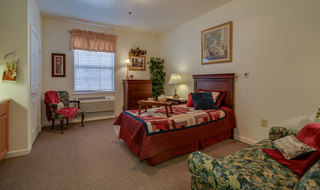 Single bedroom madison assisted living