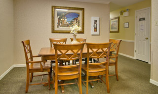 Kirksville assisted living private dining