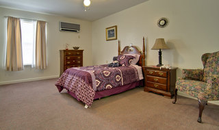 Kirksville assisted living single bedroom