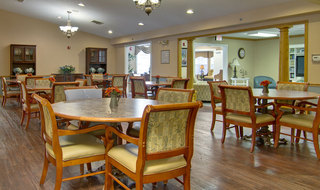 Clinton assisted living dining hall