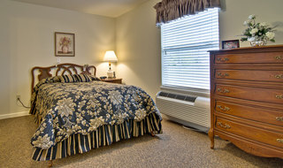 Single bedroom clinton assisted living