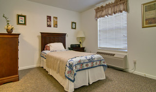 Single bedroom springfield assisted living