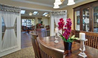 Carthage assisted living family dining