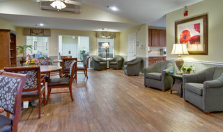 Community lounge at carthage assisted living