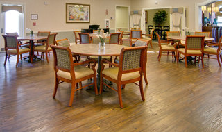 Spring hill assisted living dining hall